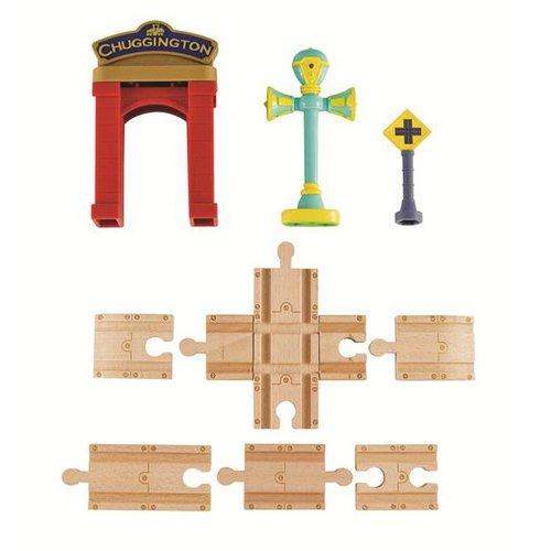 Chuggington - Sada kolejí s bránou a Vee- dřevěné mašinky