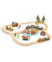 Tender Leaf Toys Dřevěná vláčkodráha v borovicovém lese Wild Pines Train set  s vlakem a auty zvířátka s přírodou